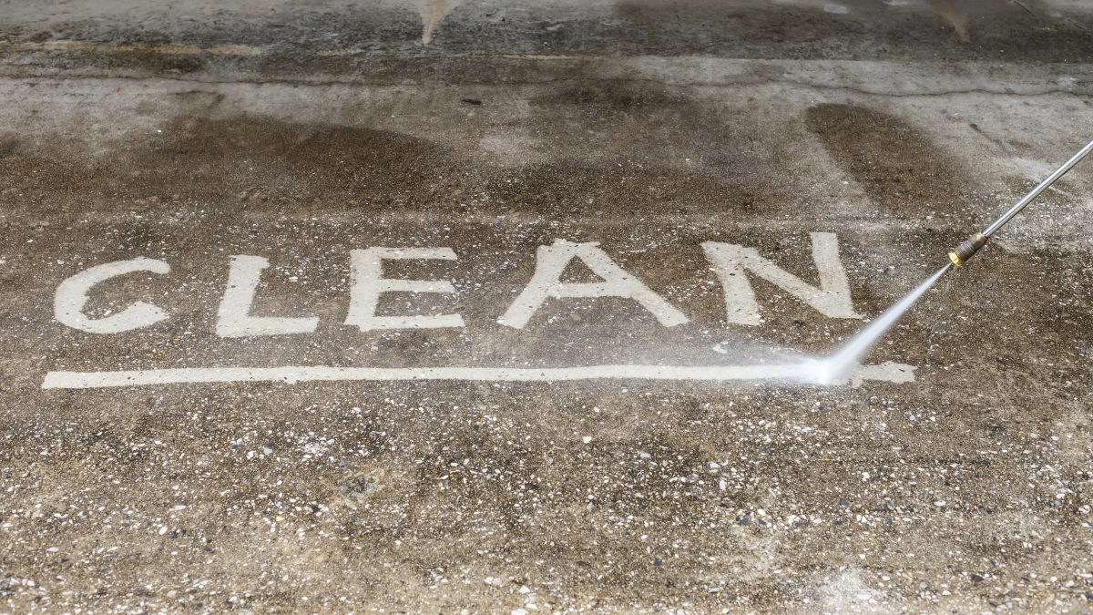 Professional Pressure Washing Clean Driveway